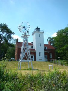 40 mile point lighthouse