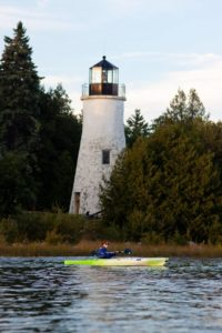 paul-gerow-kayaking-with-ild-lighthouse-1