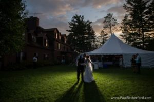 northern-shore-lodge-paul-retherford-ess-lake-wedding