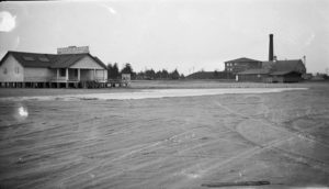 Mich-e-ke-wis Beach in 1926